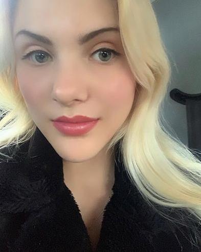 Chloe Hyams