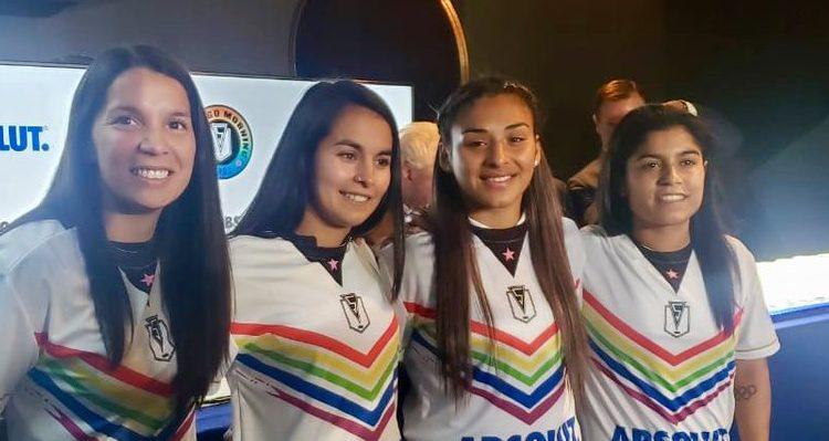 Santiago Morning da el golpe y ficha a las seleccionadas nacionales Karen Araya y Su Helen Galaz