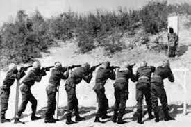 Retrato de un fusilamiento en México hacia 1915 | Wikimedia Commons