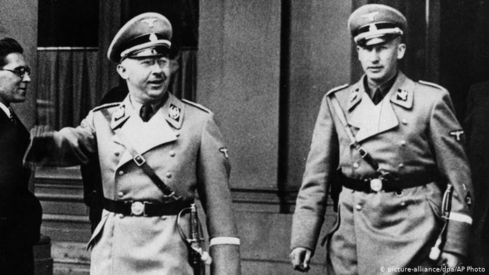 Reinhard Heydrich y Himmler   Wikimedia Commons