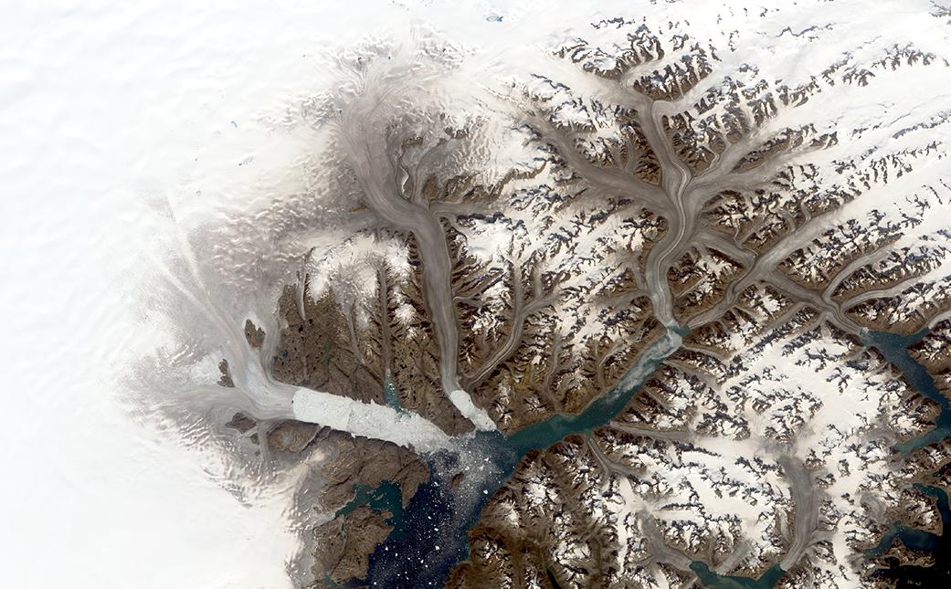 El glaciar Helheim, uno de los más grandes de Groenlandia. Imagen tomada en 2019 | NASA