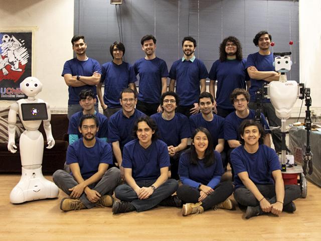 Equipo de robótica de la U. de Chile