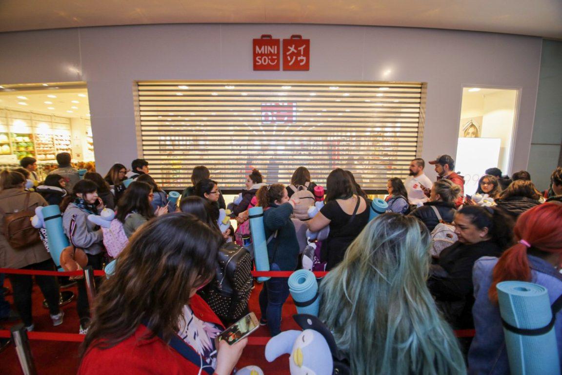 Apertura de primera tienda de Miniso en Santiago
