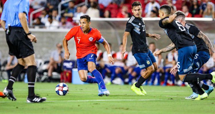 Alexis Sánchez valoró el rendimiento ante Argentina: