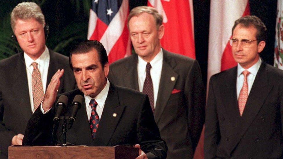Clinton y Frei en la Cumbre | Archivo