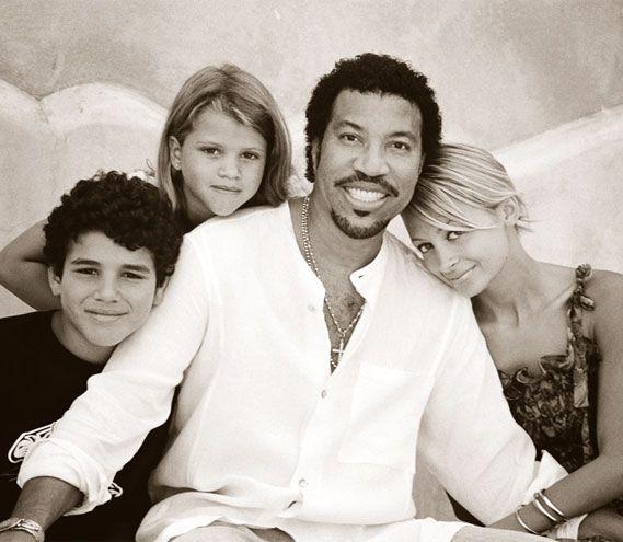 Lionel, Nicole, Sofía y Miles