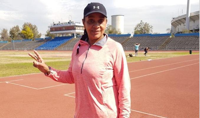 El atletismo chileno está de luto: falleció Dulce Margarita García, la exentrenadora de Natalia Duco