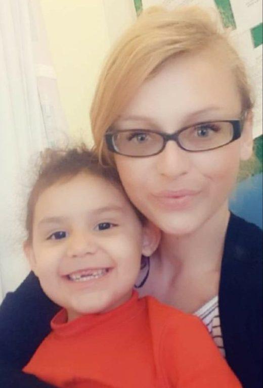Sienna Rasul y su madre | Facebook