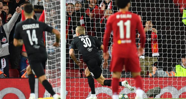 El extraño error en el marcador de Anfield que predijo inesperada remontada del Red Bull Salzburg