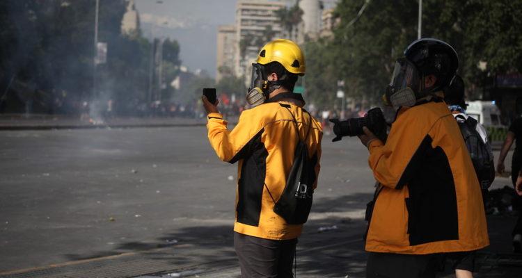 INDH durante la manifestacion | Ailen Díaz | Agencia Uno