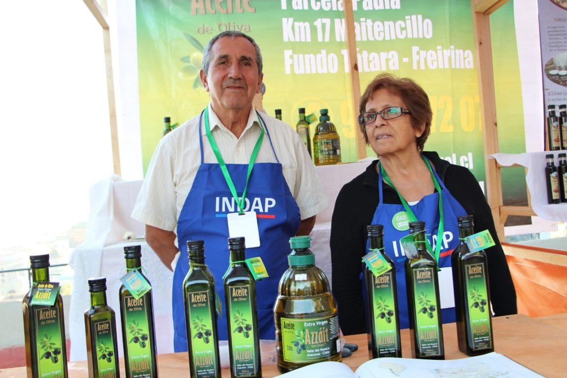 Don Ángel y su esposa, Noelia Paredes   Indap