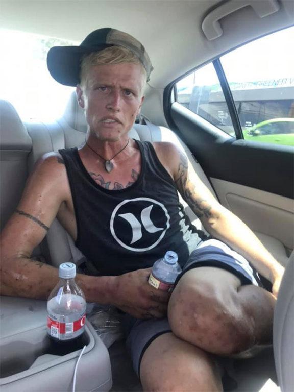 Cody siendo adicto | Facebook