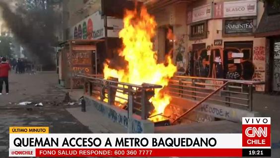Incendio en estación Baquedano