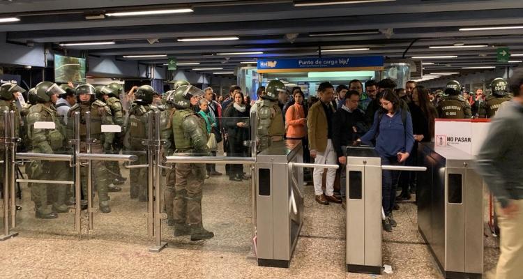 Situación de estación Los Héroes del Metro de Santiago