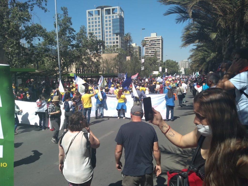 Marcha en Plaza Italia