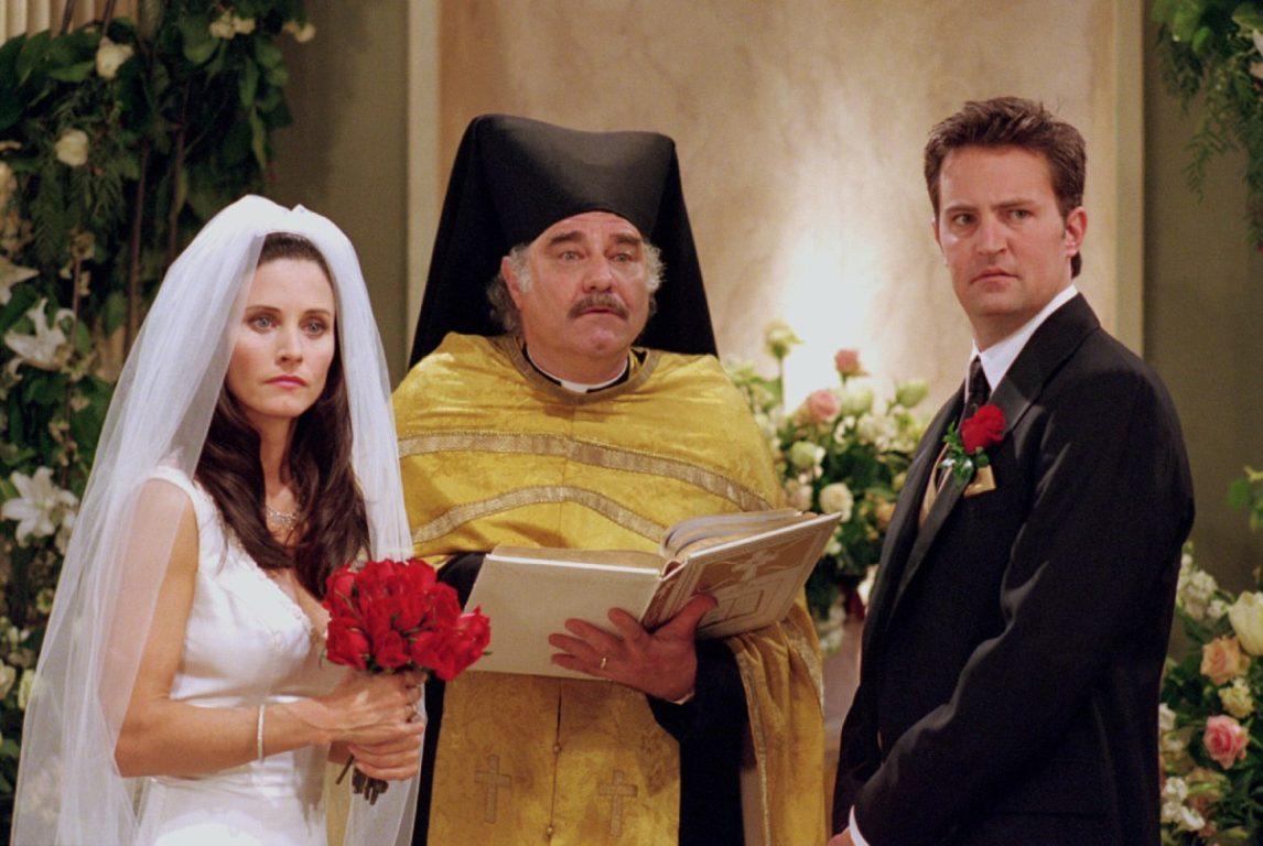Courteney Cox y Matthew Perry en Friends (2001)