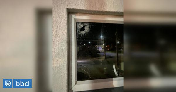 Investigan ataque a Carabineros en San Pedro de la Paz: motorista habría disparado contra comisaría - BioBioChile