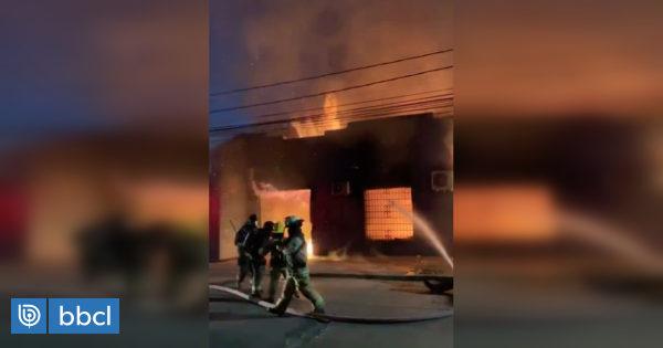 Disturbios en Talca: incendio consume sede UDI y ataque a iglesia deja figuras religiosas destruidas - BioBioChile