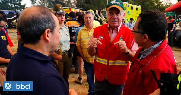 """El llamado del ministro Walker a Valparaíso por incendios: """"Necesitamos no tener nuevos focos"""" - BioBioChile"""