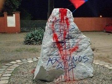 Destruyen plazoleta en honor a Augusto Pinochet en Linares - BioBioChile