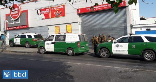 Detienen a 19 personas por saqueo a supermercado Santa Isabel en Cerro Playa Ancha de Valparaíso - BioBioChile