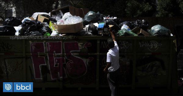 Suben a 42 las comunas de la región Metropolitana sin retiro de basura: evalúan emergencia sanitaria - BioBioChile