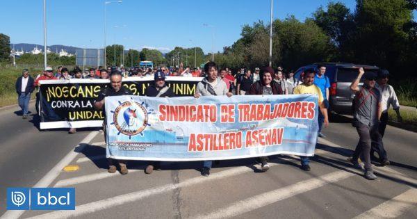 Con personas detenidas y nuevos lesionados por balines terminó manifestación en Valdivia - BioBioChile