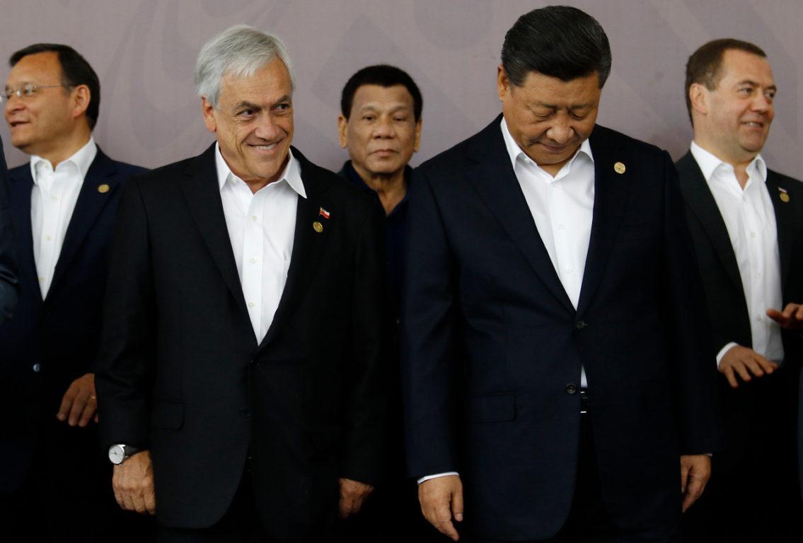 17 de Noviembre del 2018   En la imagen El presidente Sebastian Piñera, junto al presidente de China, Xi Jinping en Papúa Nueva Guinea por APEC 2018