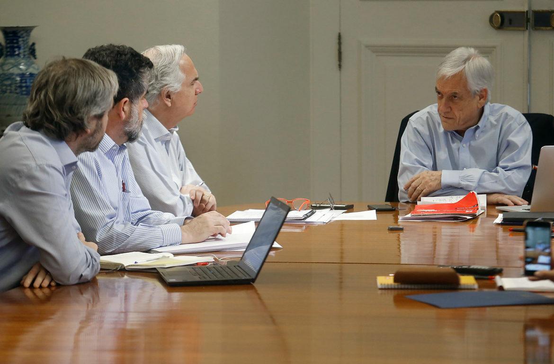 19 de Octubre de 2019   El Presidente de la Republica, Sebastian Piñera, se reúne con los ministros en el Palacio de la Moneda tras los hechos de violencia acontecidos durante la jornada del 18 de octubre y la madrugada del 19 de octubre   Agencia UNO