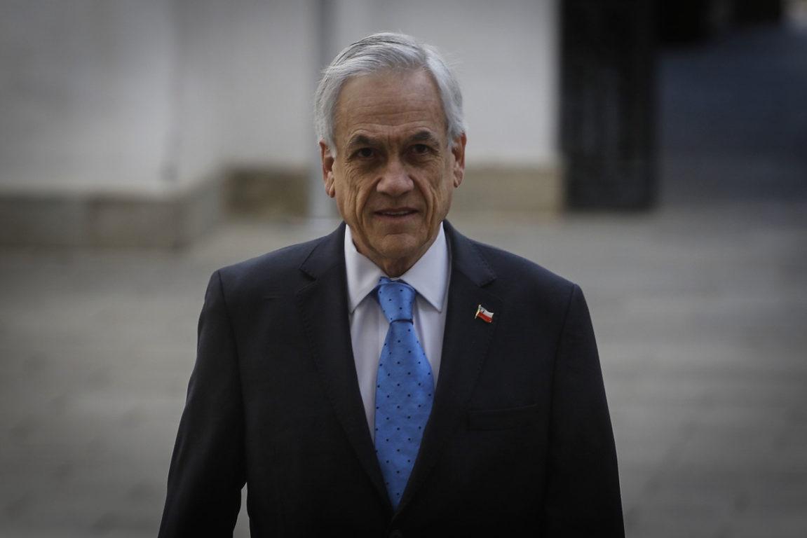 11 de Noviembre de 2019    Sebastián Piñera recibe los honores de la Guardia de Palacio en la Moneda.