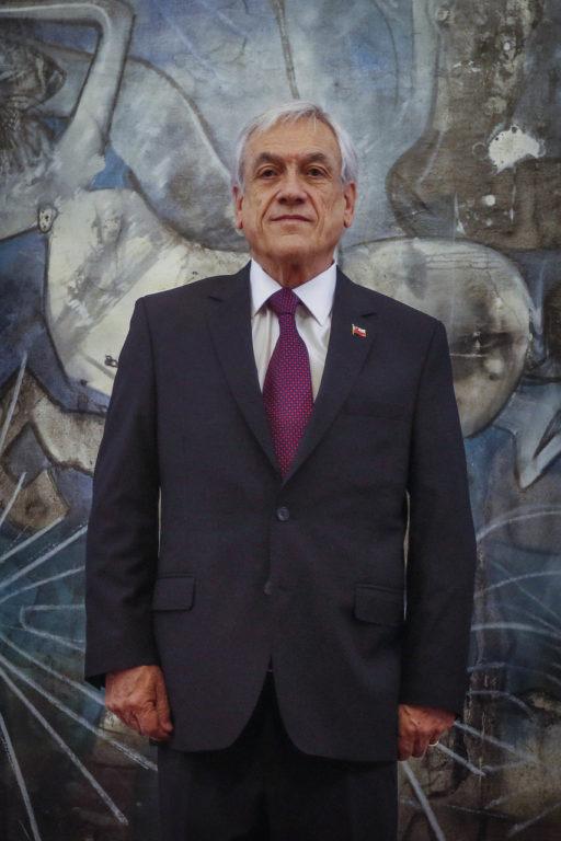 9 de Diciembre de 2019   Sebastian Piñera recibe al director ejecutivo de Chile Transparente, junto a representantes de Espacio Público y el Observatorio de Gasto Fiscal, que le entregaran propuestas en materia anticorrupción y anti-impunidad   Agencia UNO