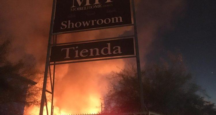 Incendio Mueblería Pudahuel | Ignacio González | RBB