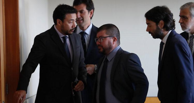 Emiliano Arias (i) y Sergio Moya (c) | Francisco Flores | Agencia Uno