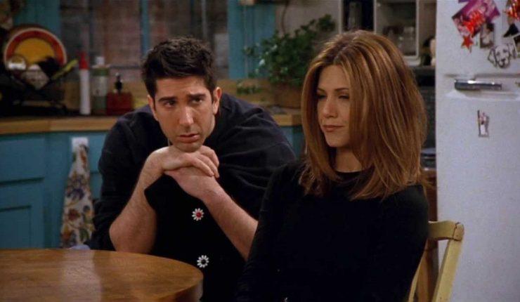 Ross (David Schwimmer) y Rachel (Jennifer Aniston) en Friends
