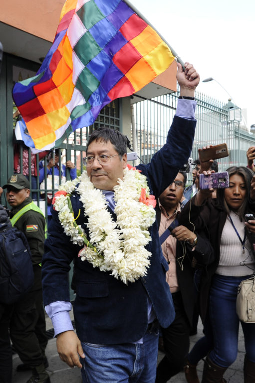 JORGE BERNAL / AFP / Candidato Luis Arce (MAS)