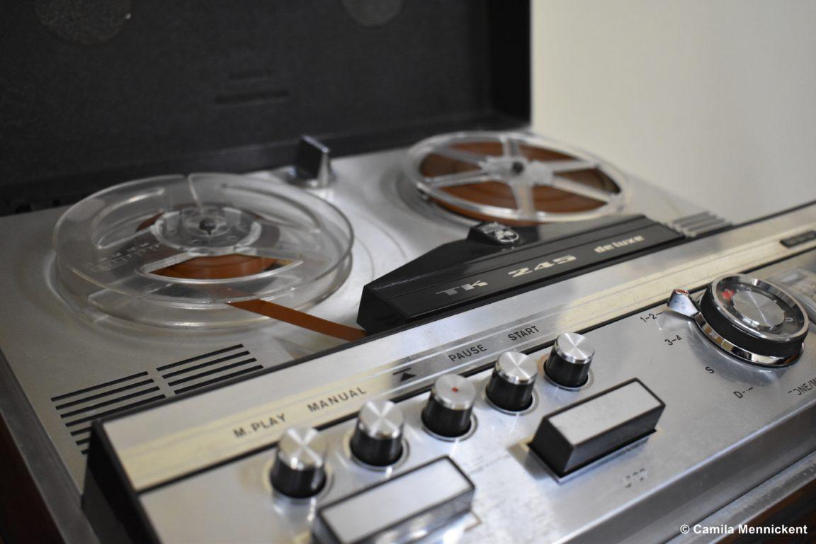 Grabadora de cintas magnetofonicas o cintas reel
