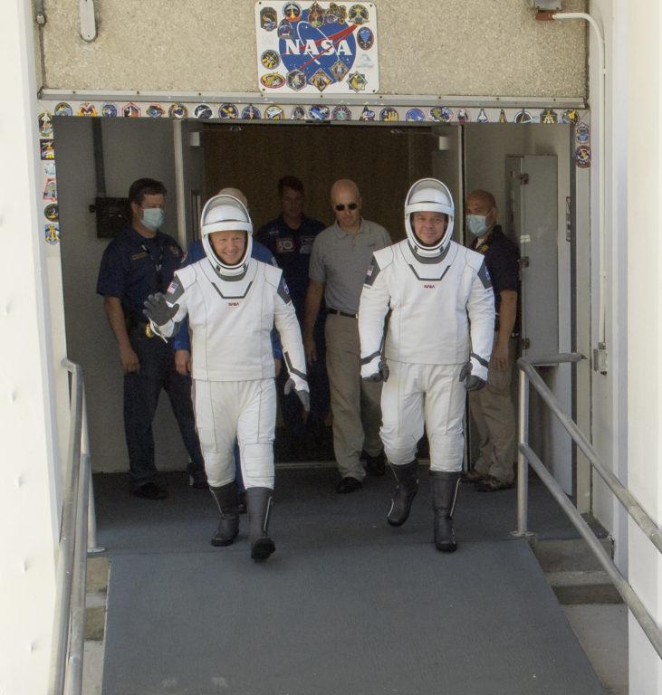 Douglas Hurley (izquierda) y Robert Behnken | Agence France-Presse