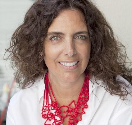 Claudia Hurtado, Fundación Artesanías de Chile (c)