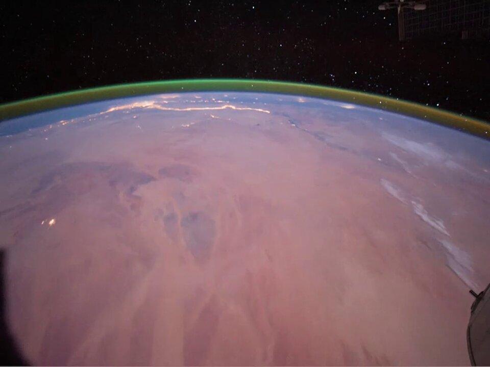 Luminiscencia atmosférica en la Tierra vista desde la Estación Espacial Internacional | ESA