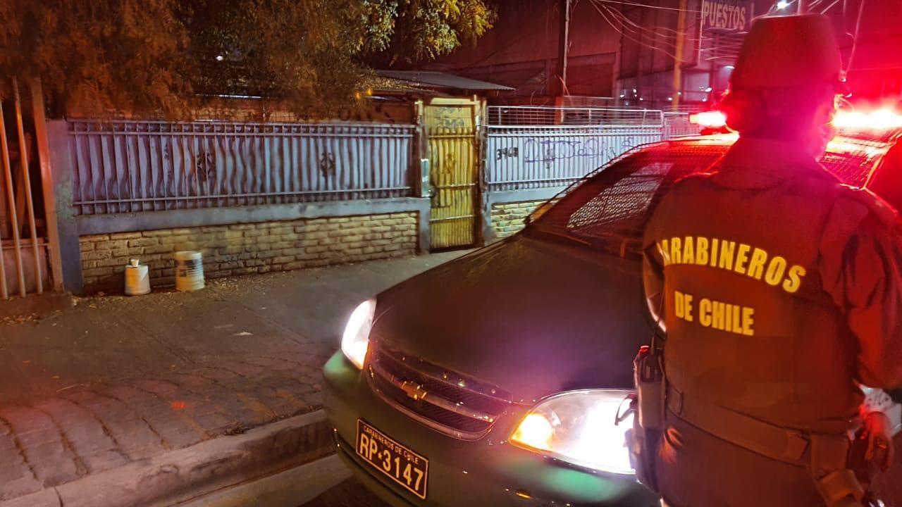 Ignacio González | RBB | Carabineros en el domicilio de José Rojas durante el procedimiento que realizaron tras su muerte.