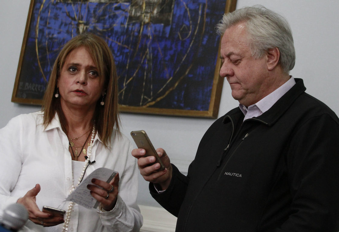 Jacqueline van Rysselberghe (i) y Jorge Saint-Jean (d) | Agencia UNO