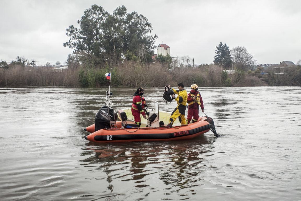 Búsqueda en río Rahue, Osorno | Agencia UNO