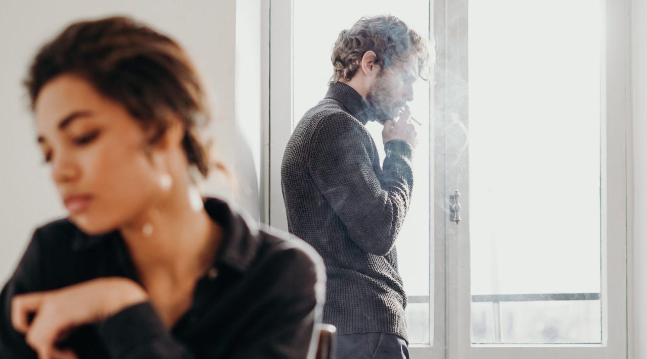 Gaslighting: la peligrosa táctica de abuso emocional y manipulación que debes saber identificar