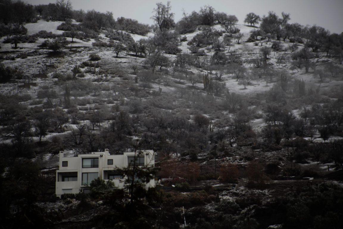 Nieve en zona oriente de la RM | Agencia UNO