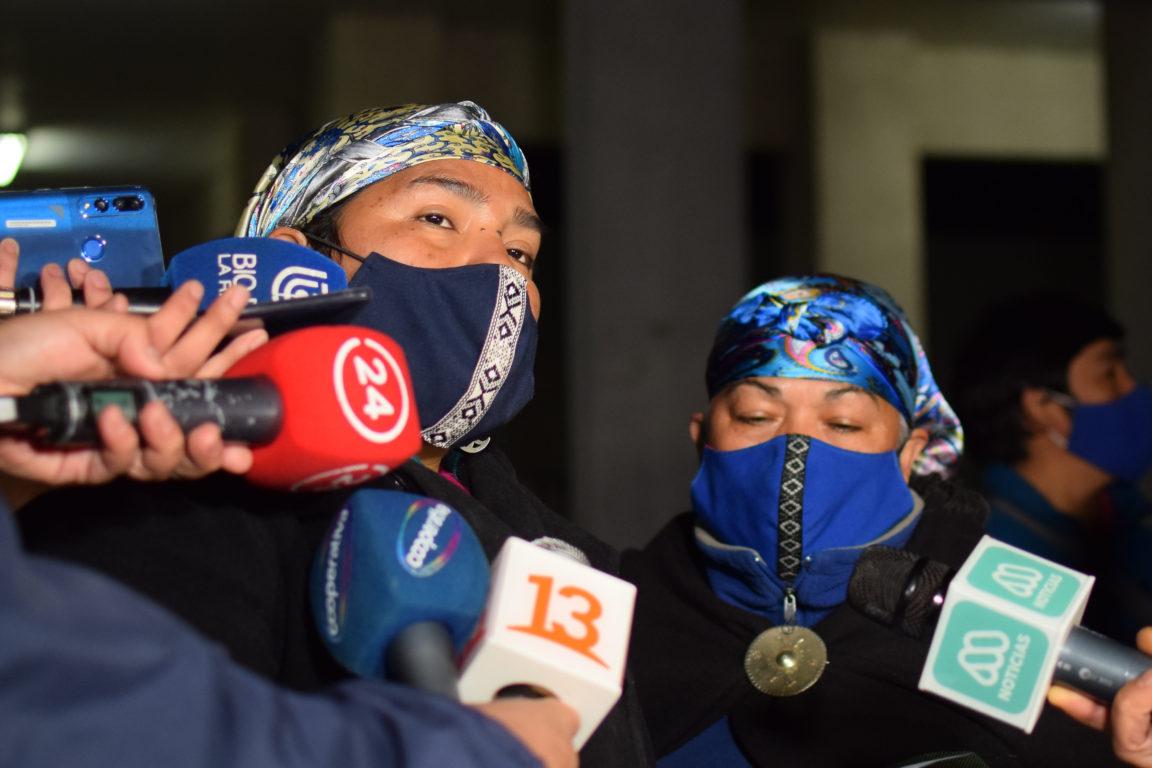 Voceras de Celestino Córdova: Cristina Romo y Giovanna Tabilo   Agencia UNO
