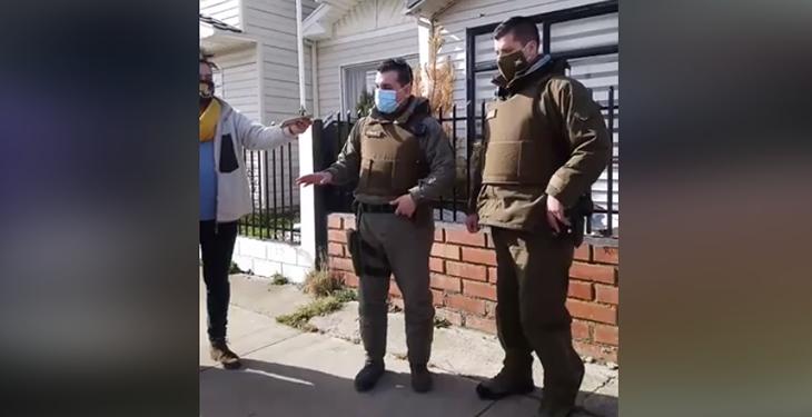 Vigilancia policial en casa del joven