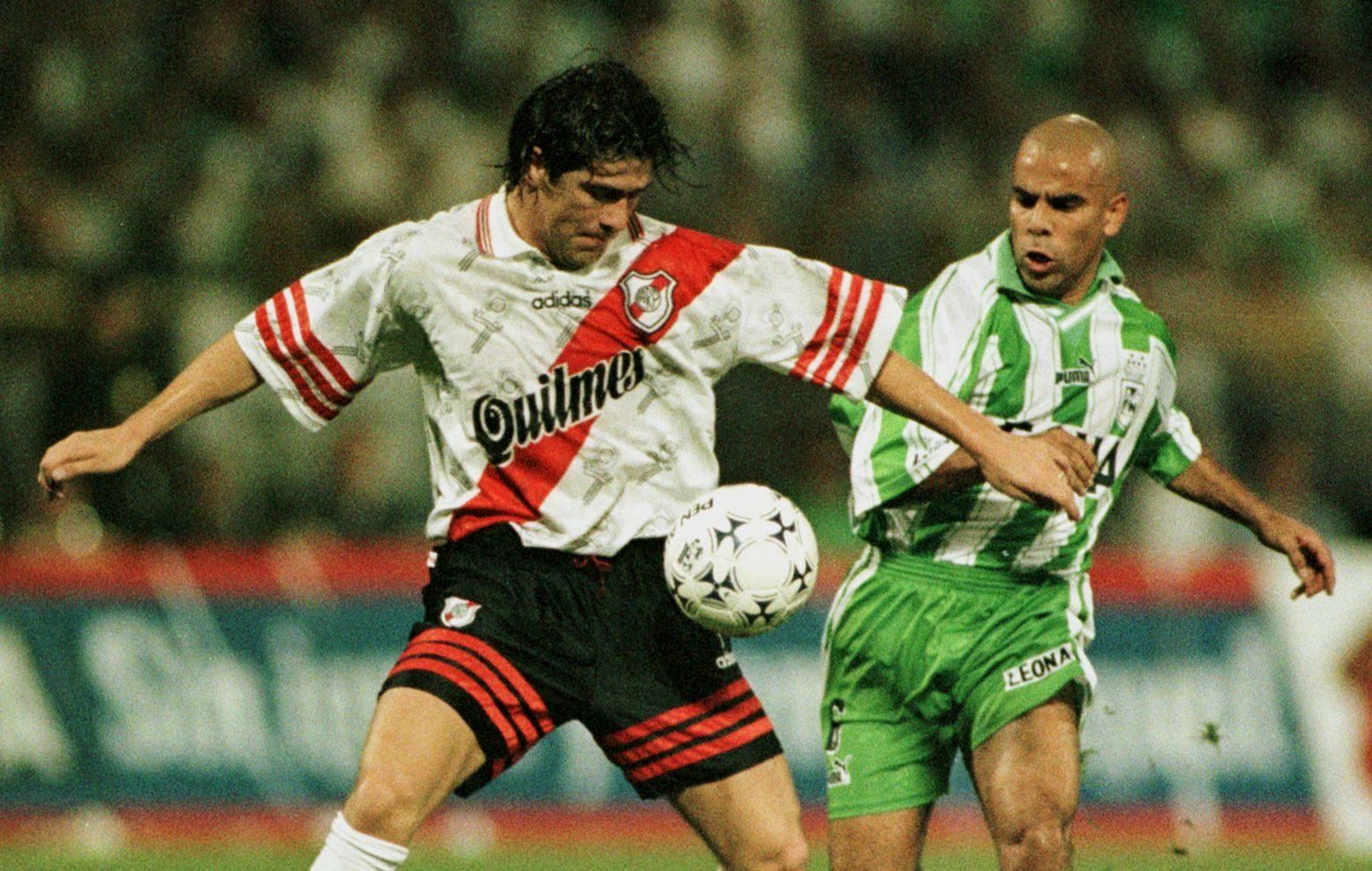 """""""Sras. y Sres. Este es el Fenómeno"""": River recuerda golazo de Salas en la Supercopa de 1997   Fútbol   BioBioChile"""