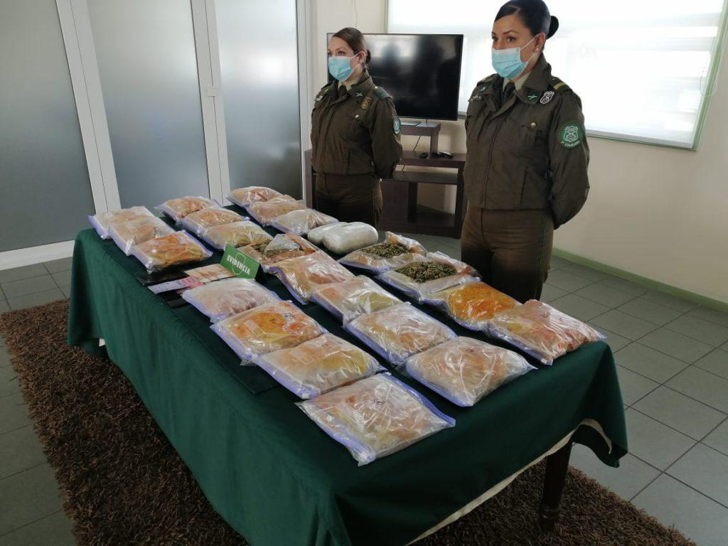 Envueltos en café, ají y manjar: incautan más de 9 kilos de droga en dos operativos en Osorno