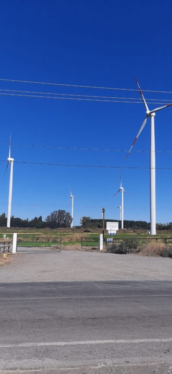 Vecinos de Los Ángeles piden modificar ley medioambiental por la instalación de torres eólicas