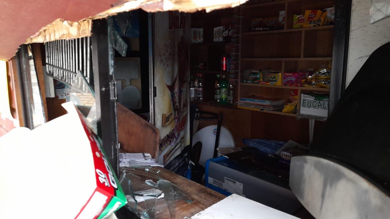 Roban y destrozan kiosko en Puerto Montt: a pesar de cámaras en el sector el hecho no fue registrado
